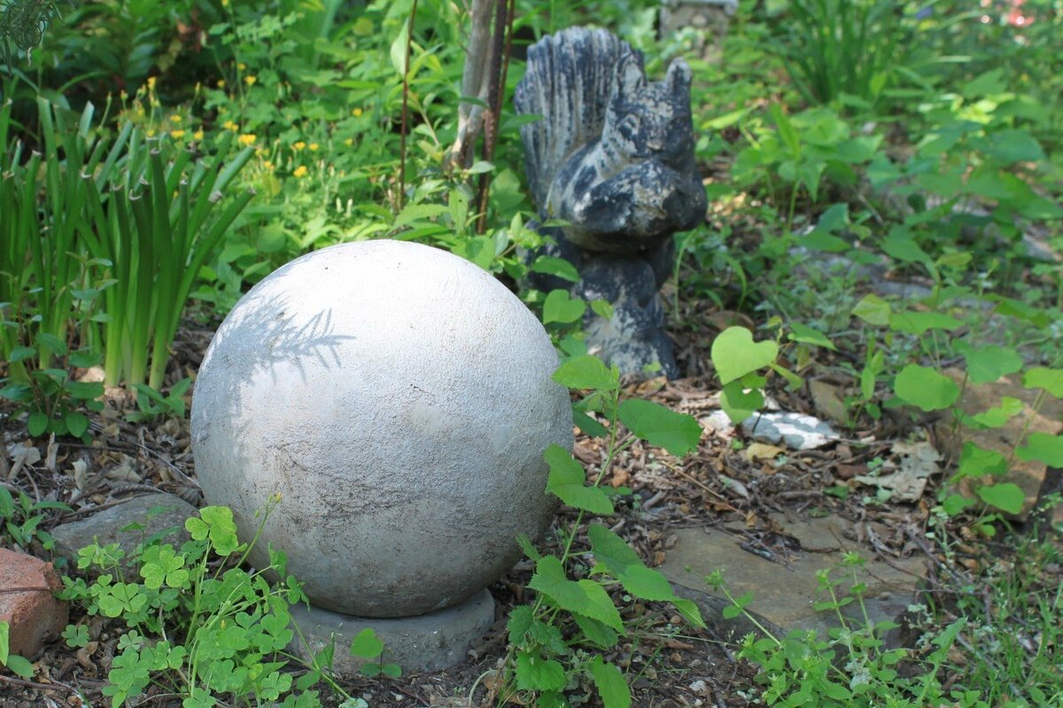 Садовая скульптура своими руками: несколько простых и оригинальных вариантов