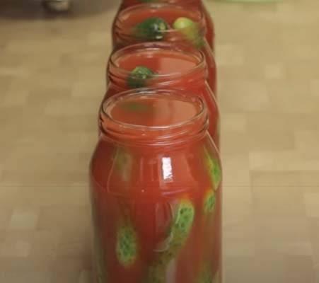 ТОП 3 пошаговых рецепта приготовления огурцов в капустных листьях на зиму