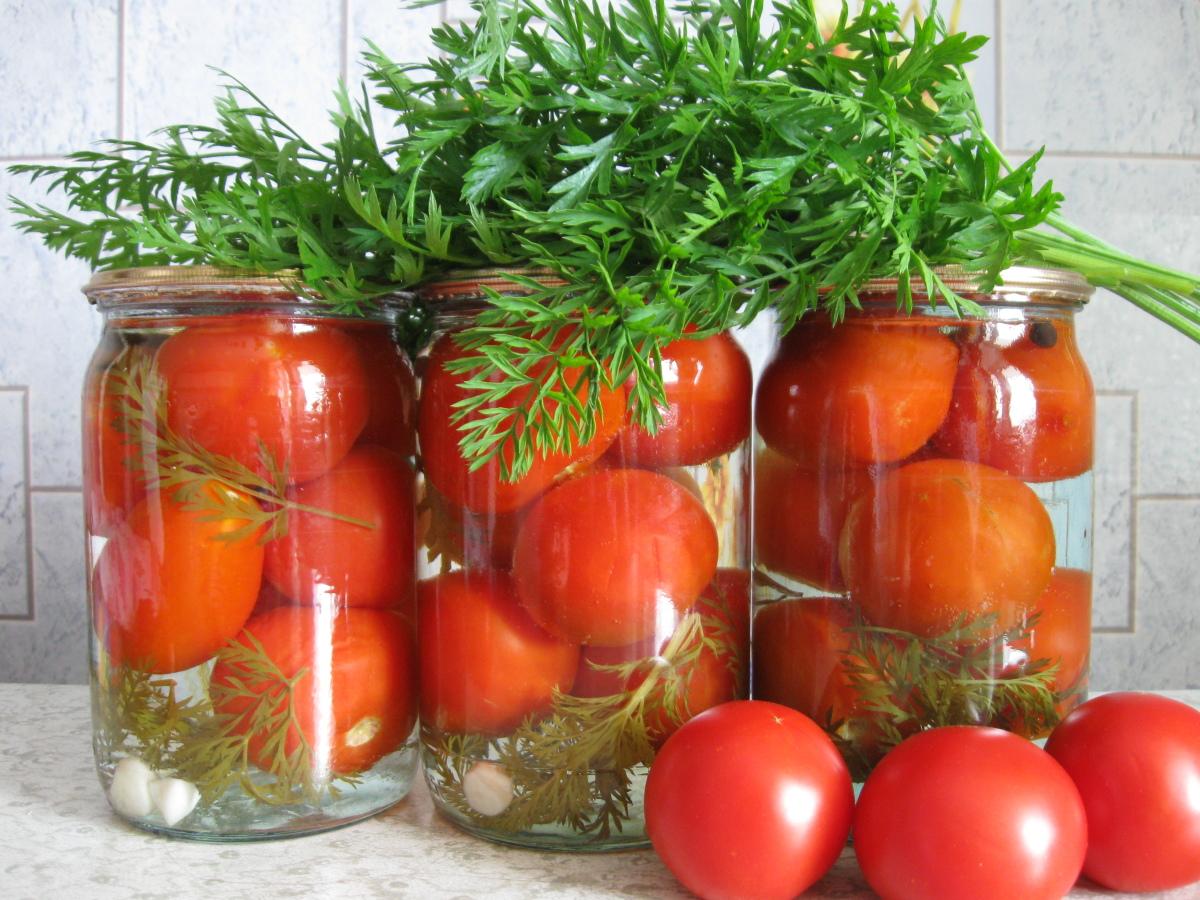 """Заготовки на зиму из помидор: """"золотые рецепты"""""""