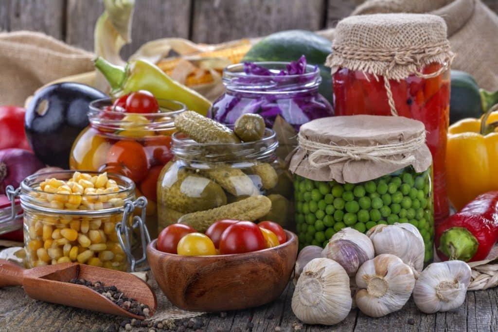 Как заквасить овощи на зиму — квашеное овощное ассорти