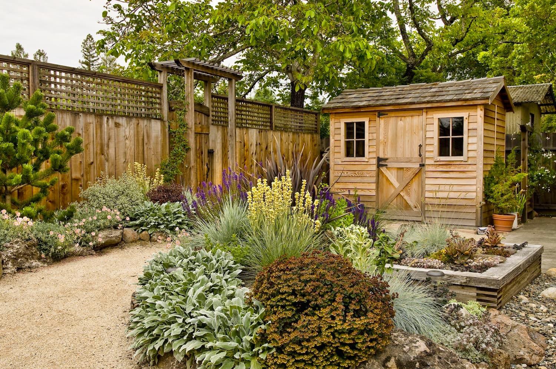 Сад в стиле кантри: особенности стиля и растения для стиля кантри   огородники