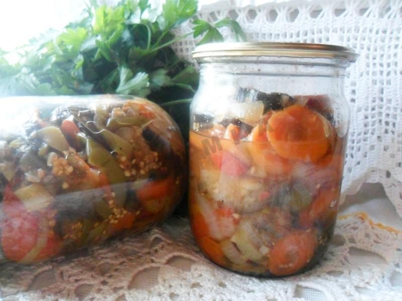 Салат «десяточка» на зиму с баклажанами. пальчики оближешь. лучшие рецепты с фото