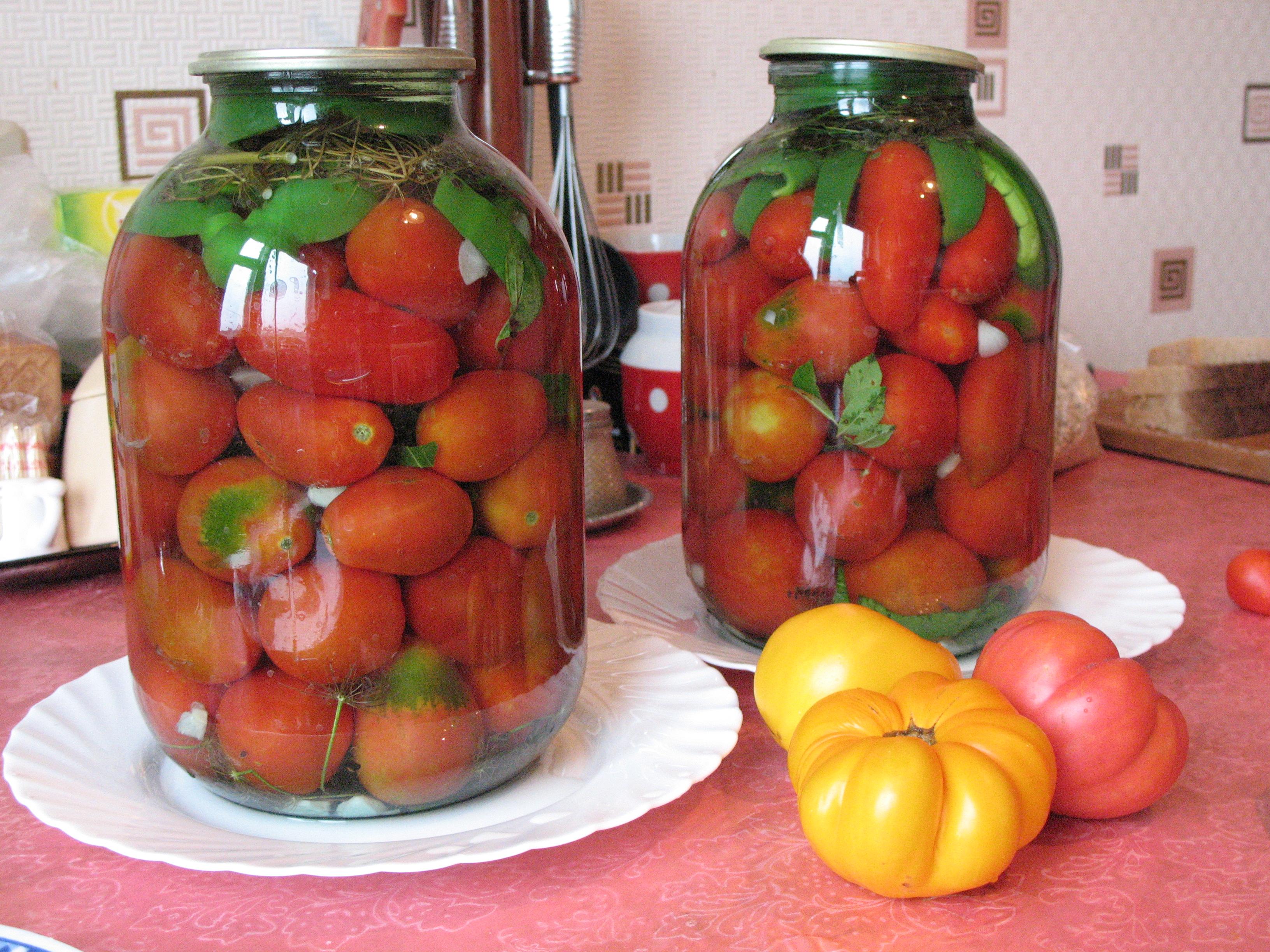 Как приготовить ассорти из огурцов и помидоров на зиму: топ-7 рецептов с фото