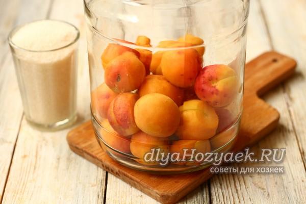 Абрикосовый компот на зиму: популярные рецепты с фото
