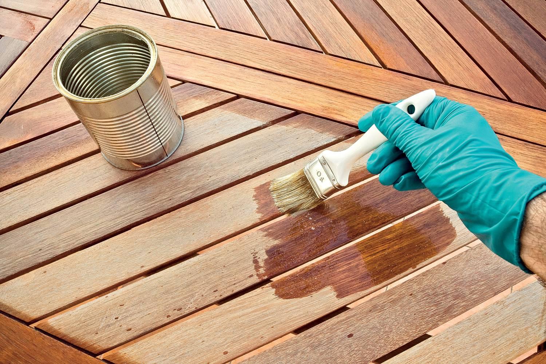 Чем обработать дерево от гниения и влаги: припитки, иные средства защиты