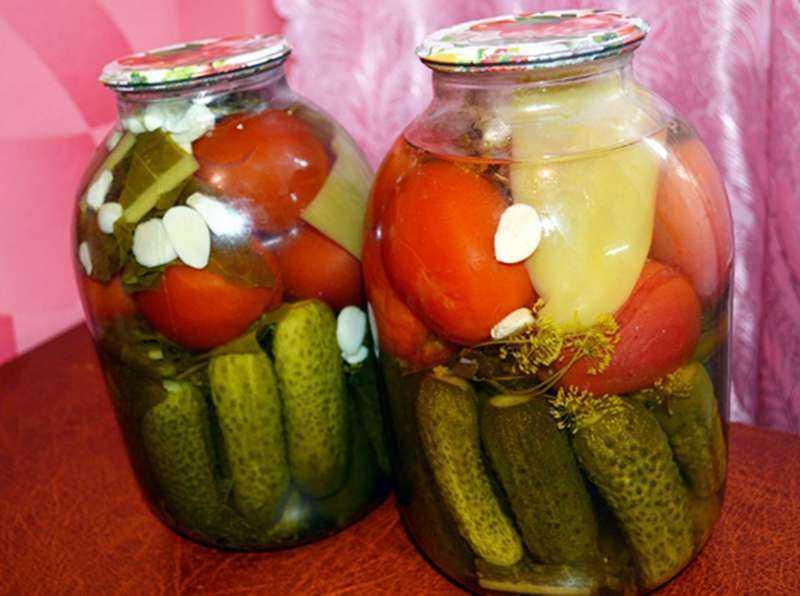 Ассорти из помидоров и огурцов на зиму пошаговый рецепт