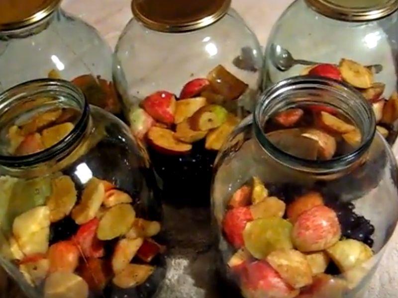 Компот из яблок и черноплодной рябины на зиму. - страна мам