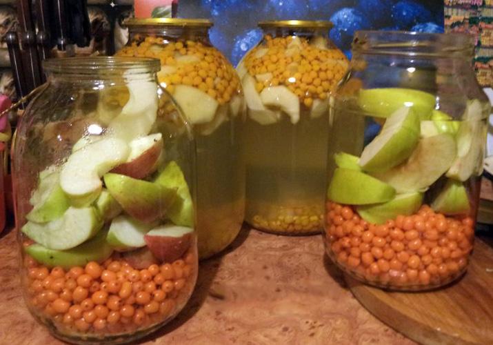 Компот из замороженной облепихи: рецепт напитка, польза и вред для детей, как сварить облепиховый компот из ягоды