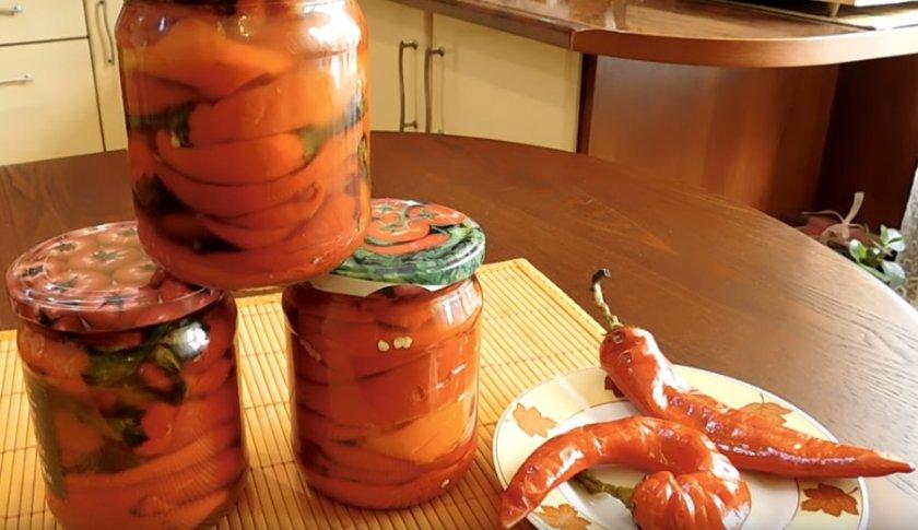 Заготовка маринованного острого перца на зиму: лучшие рецепты
