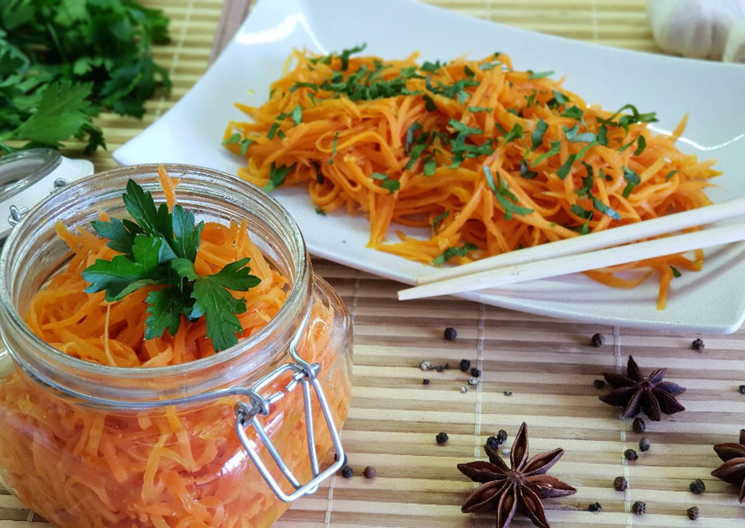 Приготовление по лучшему рецепту моркови по-корейски на зиму в банках