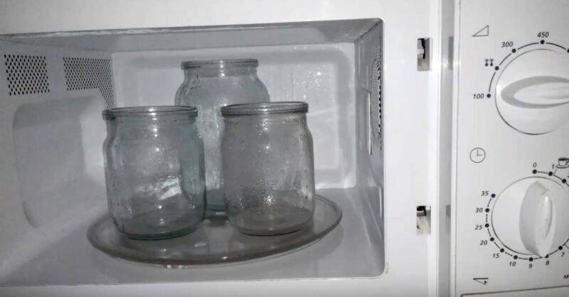 Как стерилизовать банки в микроволновке: пустые, для варенья