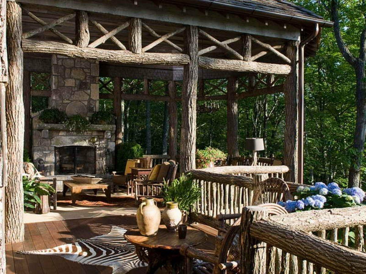 Стиль кантри на даче (47 фото): интерьер дачного дома в деревенском стиле, красивый и необычный дизайн бытовок, выбор люстры и других элементов