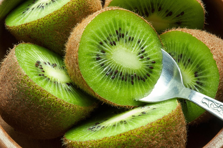 Киви – польза и вред фрукта, состав и калорийность