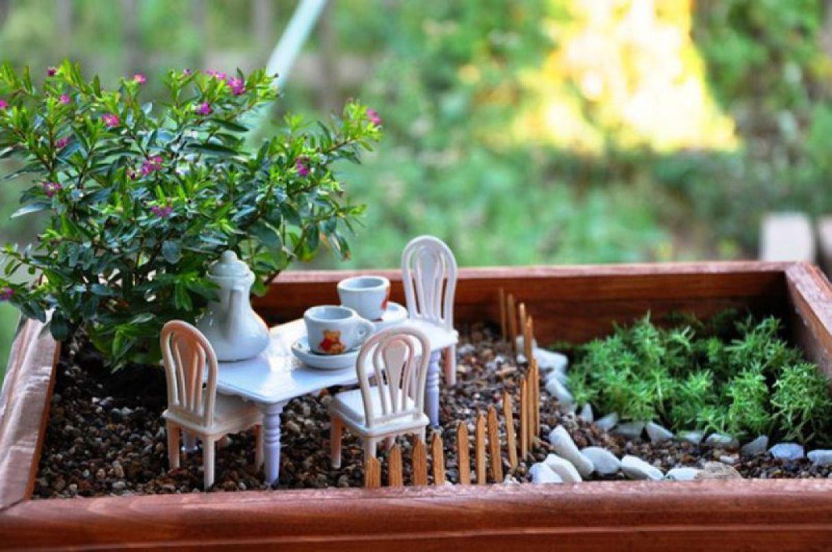 Цветы на даче: как красиво посадить, схемы посадки, ландшафтный дизайн перед домом, кустарники на клумбе  - 34 фото