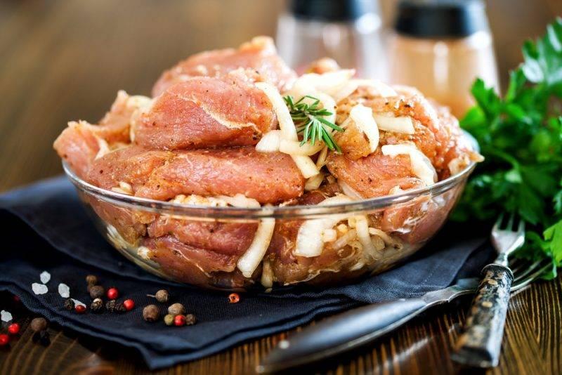 Шашлык из свинины – маринад самый вкусный, чтобы мясо было мягким!