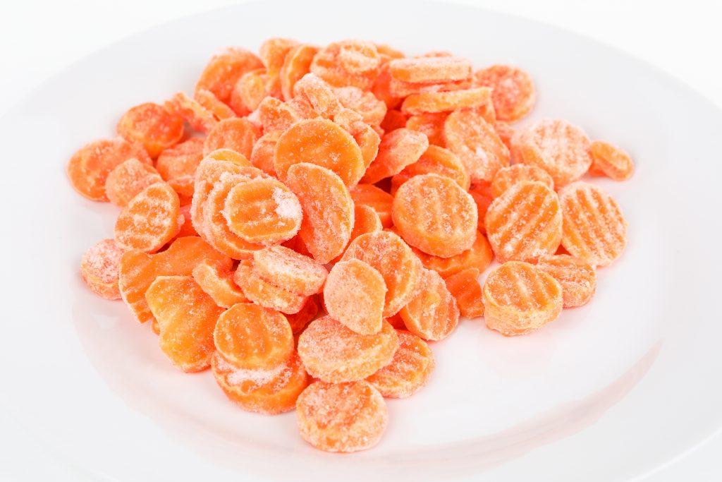 Сохраняем морковь на зиму в холодильнике