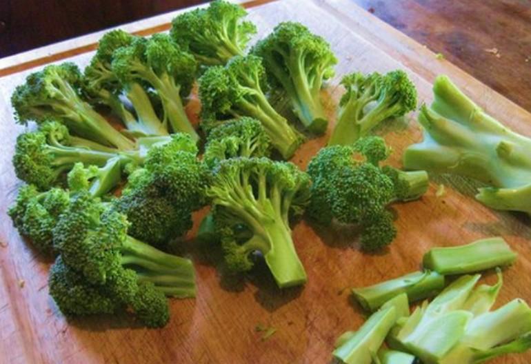 Как заморозить и приготовить капусту брокколи