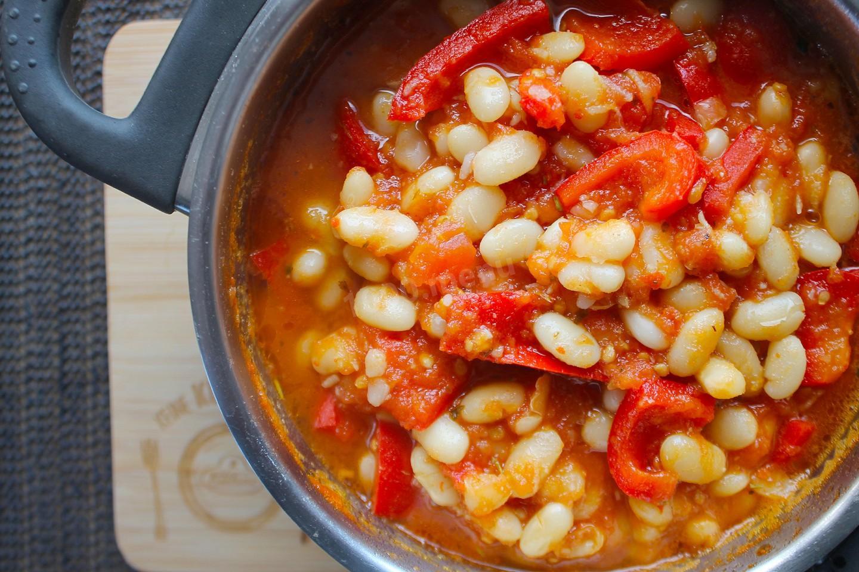 Лечо с фасолью на зиму: рецепт и фото