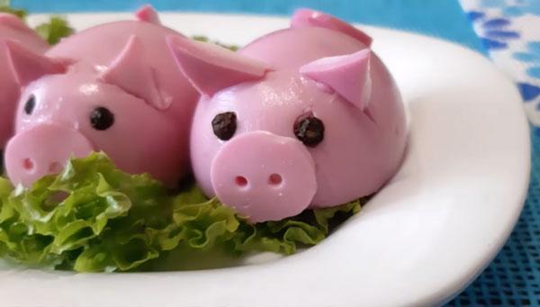 ТОП 10 лучших рецептов салатов в виде свиньи на Новый 2020 год