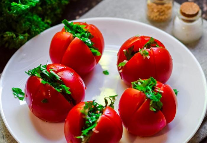 Помидоры по-армянски на зиму - рецепт приготовления