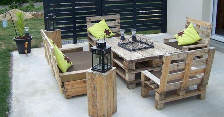 Постройки для дачи из деревянных поддонов - фото примеров
