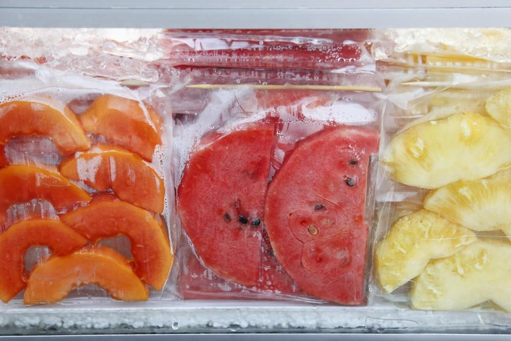 Как заморозить персики на зиму: выбор плодов, подготовка и способы хранения