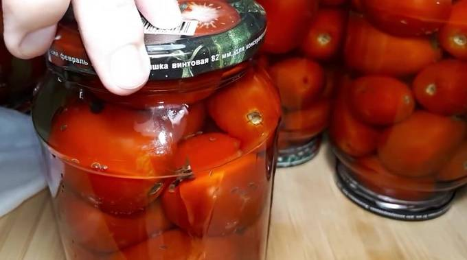 При отпуске каких блюд используют маринад овощной с томатом