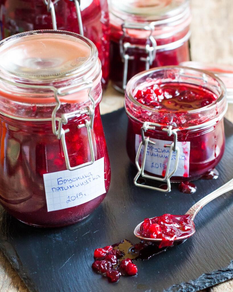 Варенье из брусники с яблоками: топ 10 рецептов как сварить на зиму с фото