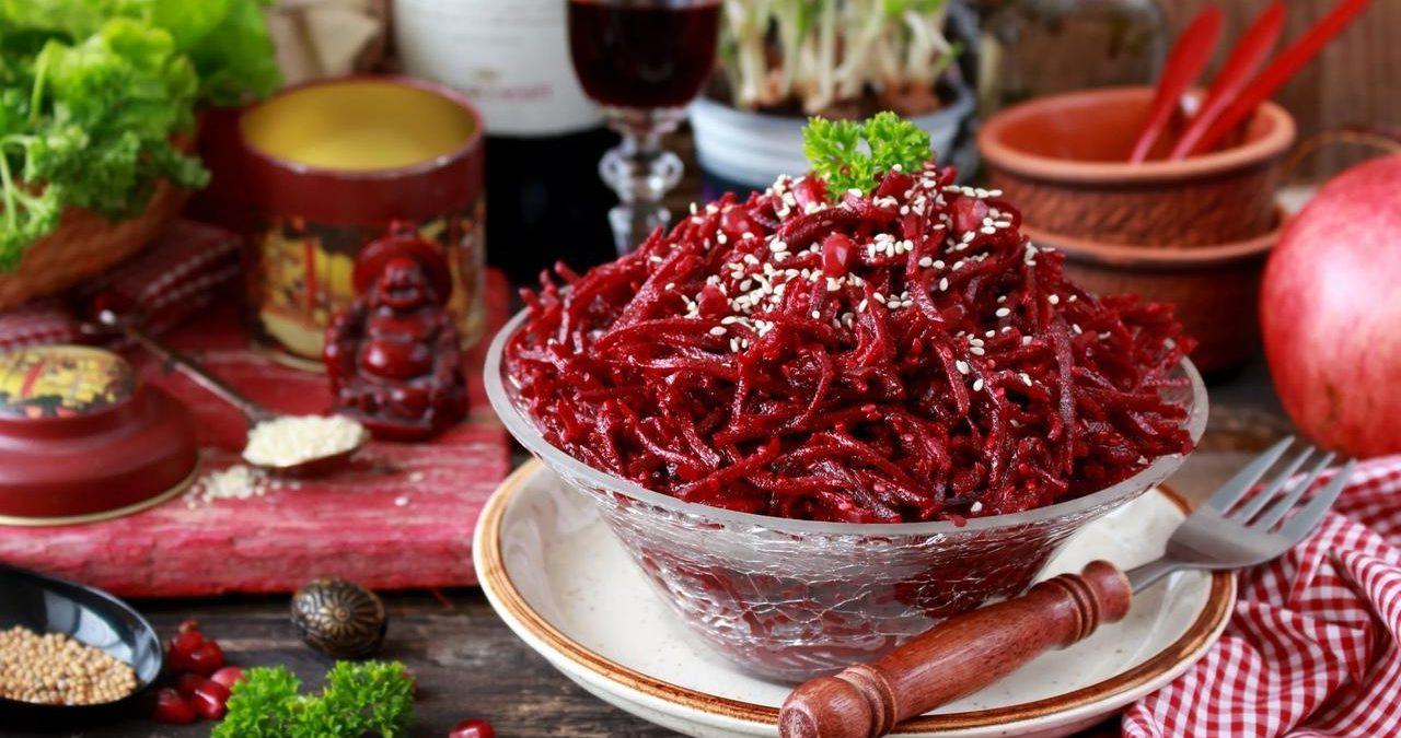 Красная маринованная свекла по-корейски, по-грузински, по-осетински в домашних условиях: рецепт на зиму в банках. как приготовить свеклу по-корейски в домашних условиях острую, с морковью, кунжутом?