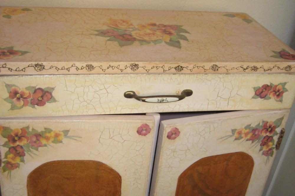 Делаем декупаж мебели в стиле прованс: мастер-класс оформления и украшения мебели в спальне, столовой и на кухне