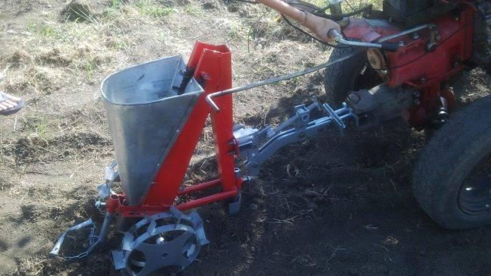 Облегчение труда фермера с помощью сажалки для чеснока — основные виды, плюсы и минусы