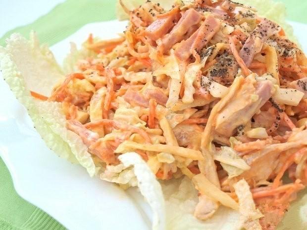 Салат с корейской морковкой и яичными блинчиками
