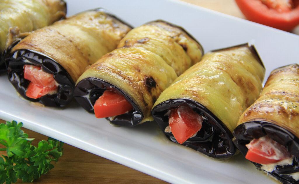 Баклажаны пальчики оближешь на зиму - 10 рецептов приготовления пошагово - 1000.menu