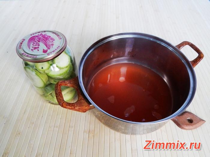 Кабачки с кетчупом чили на зиму в литровых банках: пошаговые рецепты с фото