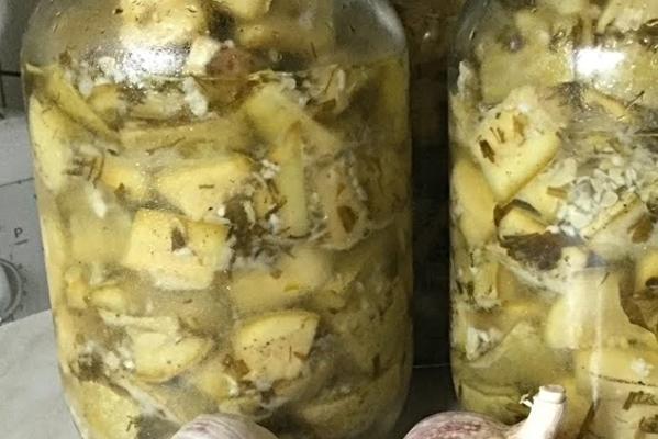 Кабачки под грузди на зиму: рецепт заготовки (в том числе без стерилизации) + фото и видео