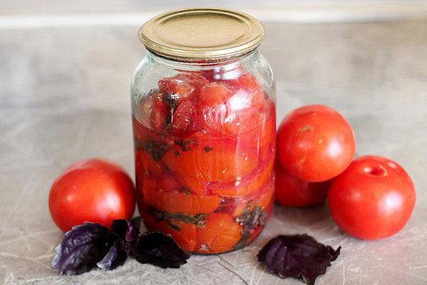 Маринованные помидоры с базиликом на зиму - пошаговый рецепт с фото |  консервирование