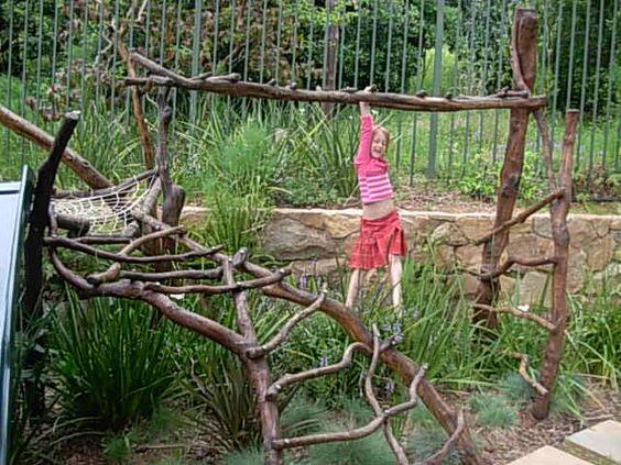 Как сделать шалаш из досок: постройка детского деревянного вигвама, двухскатного шалаша и хозблока