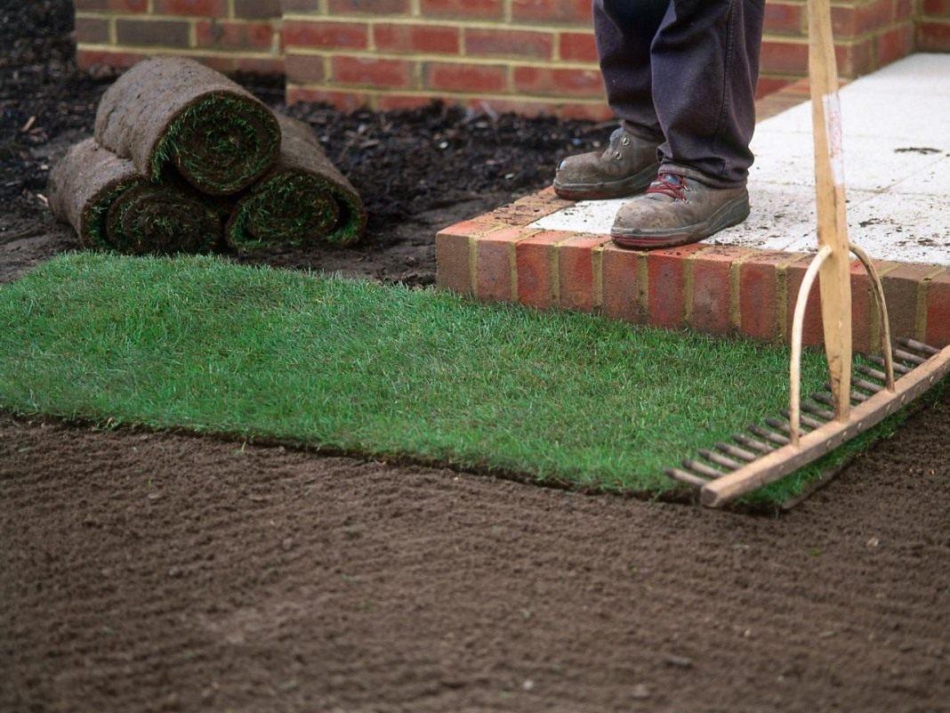 Укладка искусственного газона своими руками с фото структура травы