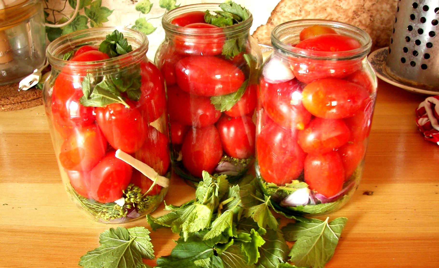 Маринованные помидоры на зиму по лучшим рецептам