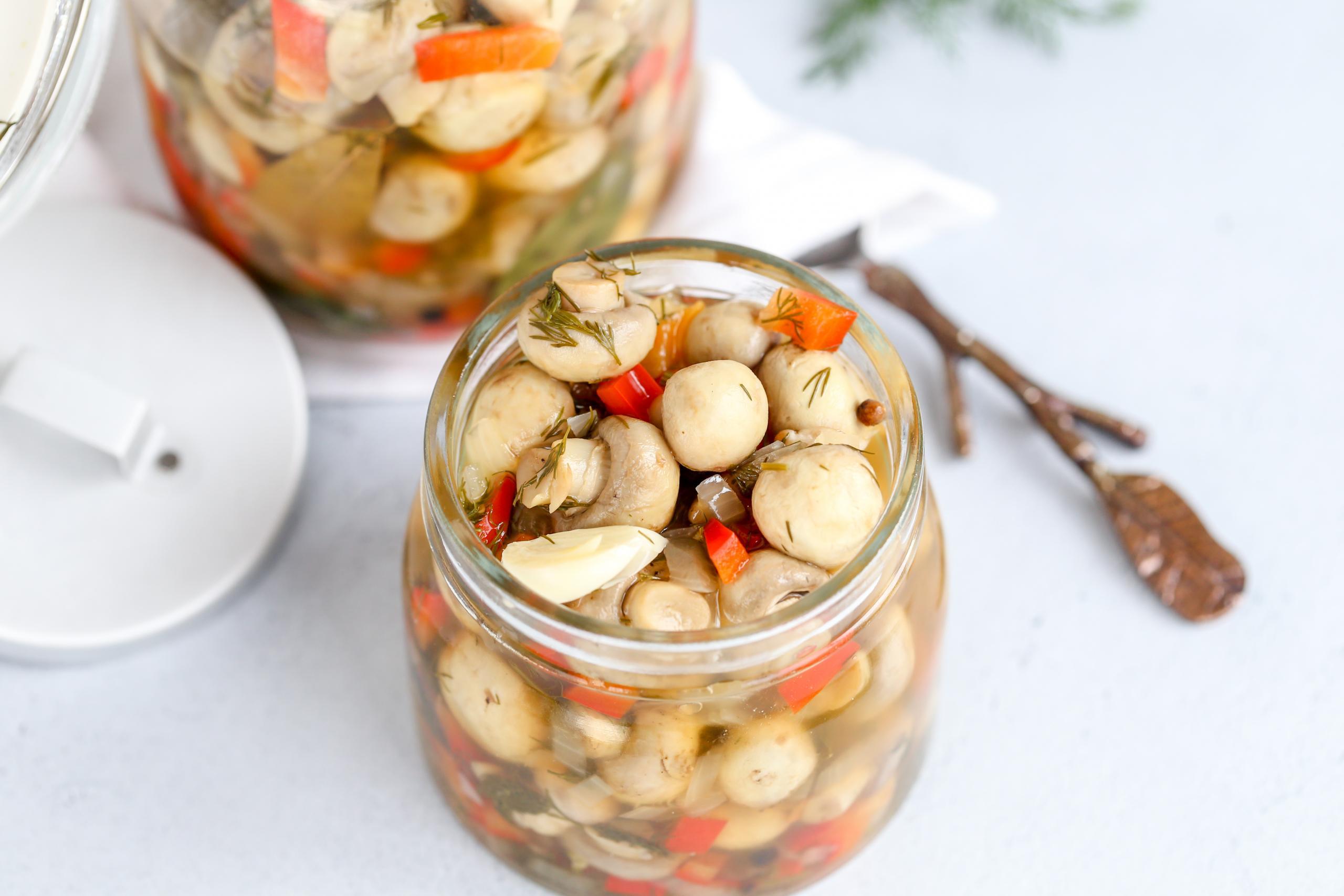 Маринованные шампиньоны на зиму пошаговый рецепт