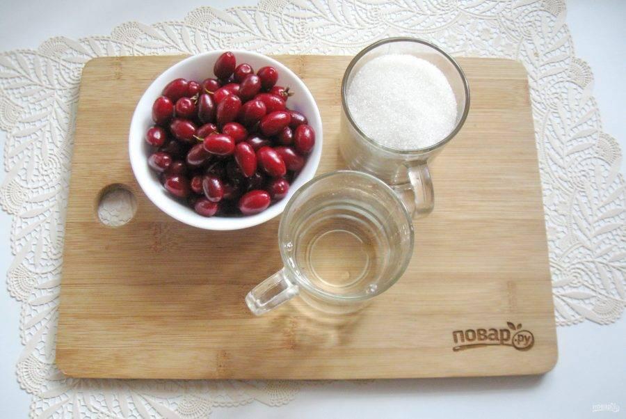 Рецепты, как сварить кизиловое варенье с косточкой и без в домашних условиях и правила хранения заготовки на зиму