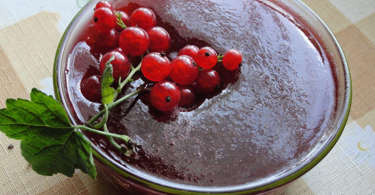 Как заморозить черную смородину на зиму – рецепт с фото