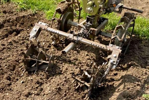 Прополка картошки триммером – приспособления и их особенности
