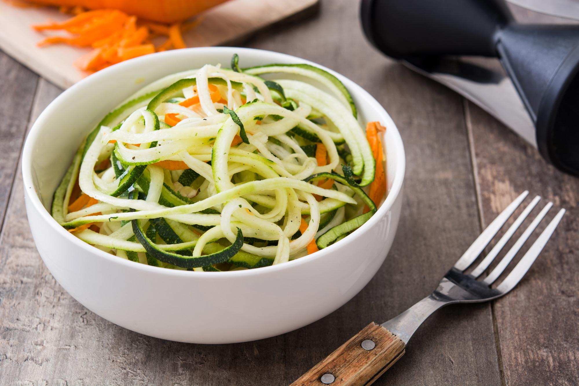 Как засолить цукини на зиму в банках: самые вкусные рецепты засолки кабачков со специями и другими овощами