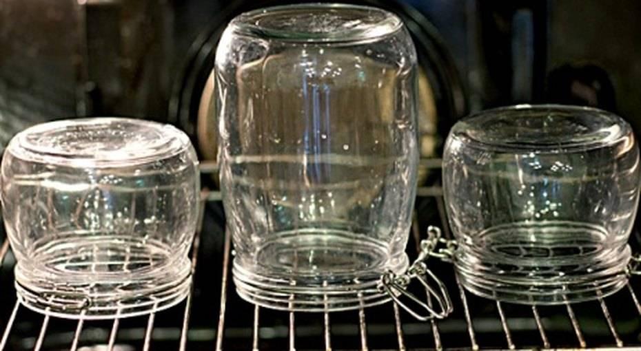 Как стерилизовать банки для варенья в микроволновке, кастрюле, пароварке и аэрогриле :: syl.ru