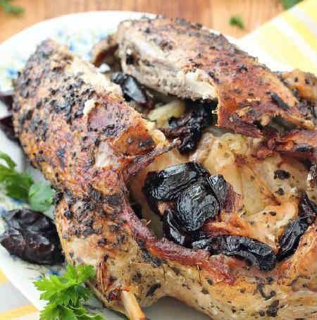 Мягкая и сочная утка в духовке - рецепты приготовления в домашних условиях