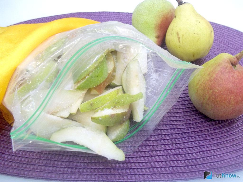 Какие фрукты и овощи можно замораживать на зиму в морозилке