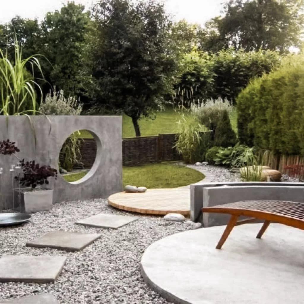 Малые архитектурные формы для сада в ландшафтном дизайне: назначение, разновидности и материалы изготовления