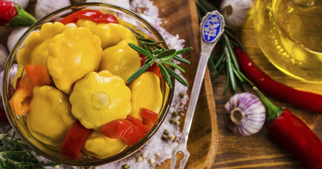 Маринованные патиссоны: быстрые и очень вкусные рецепты на зиму, консервирование без стерилизации, приготовление с помидорами
