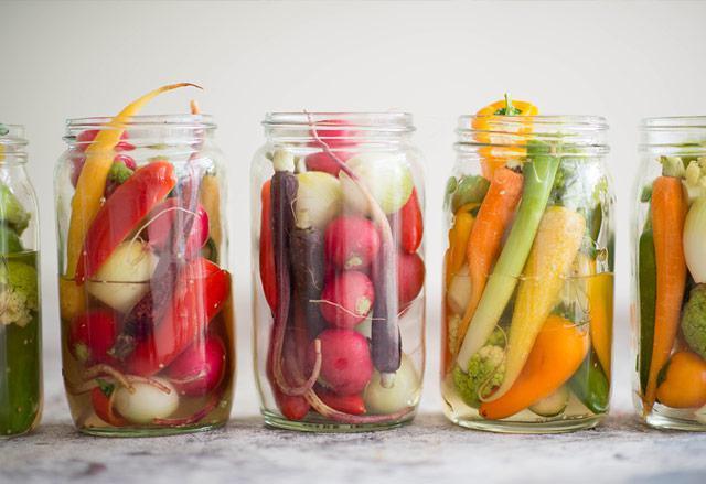 Маринованные овощи ассорти на зиму вкусные и простые рецепты